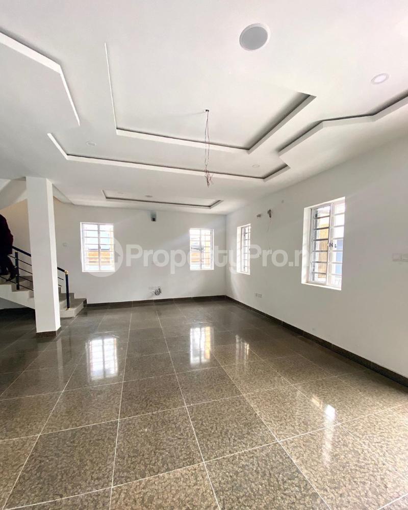 5 bedroom Detached Duplex House for sale Idado estate Idado Lekki Lagos - 3