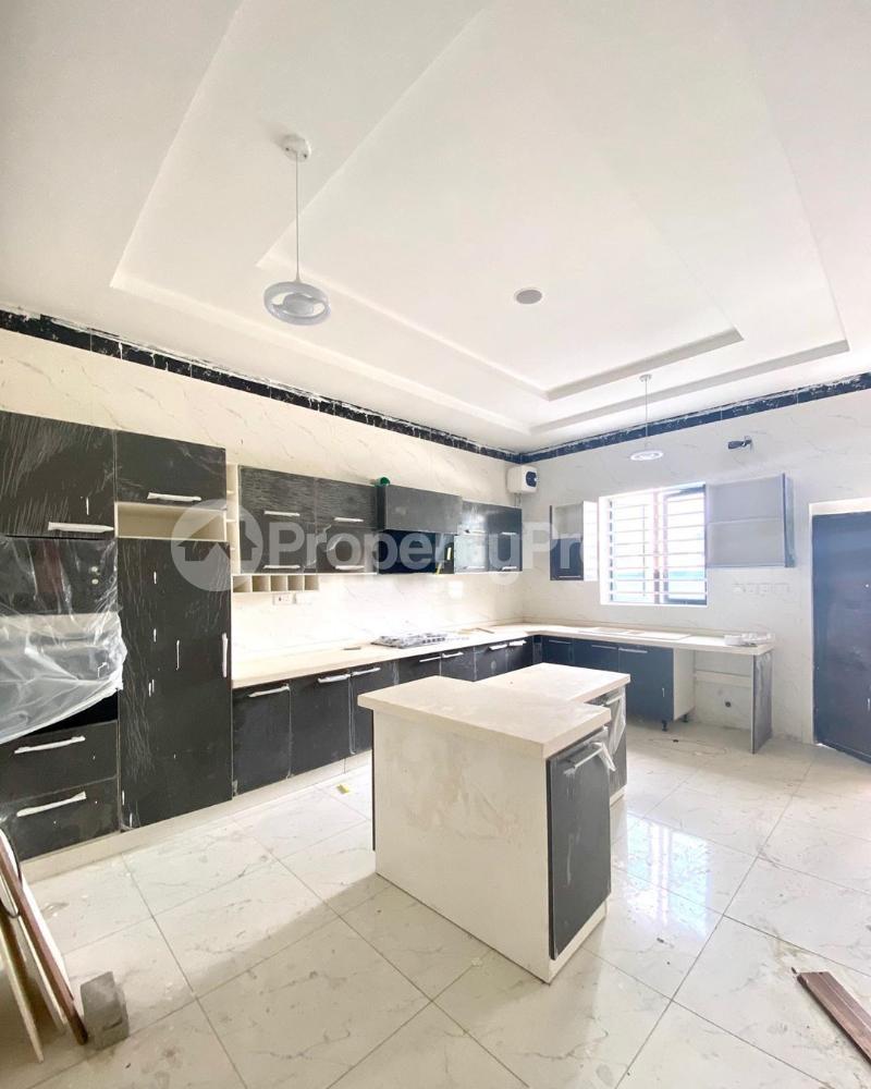 5 bedroom Detached Duplex House for sale Chevron drive chevron Lekki Lagos - 5