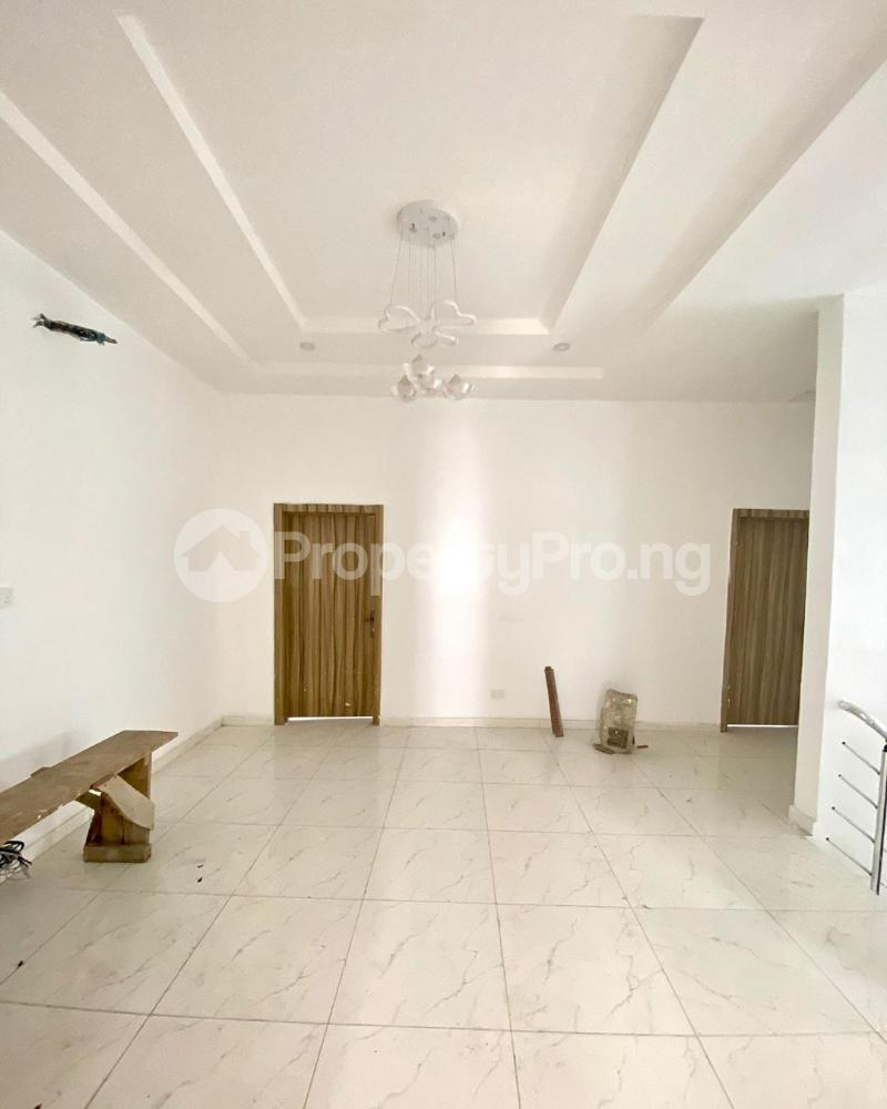 5 bedroom Detached Duplex House for sale Chevron drive chevron Lekki Lagos - 3