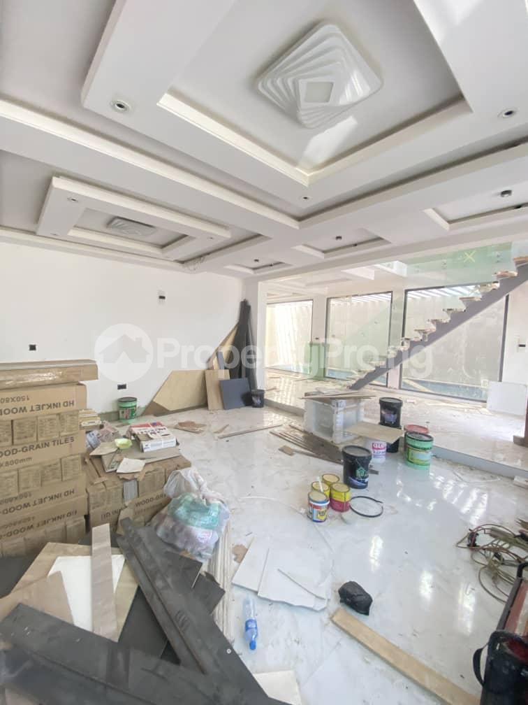 6 bedroom Terraced Duplex for sale Lekki Phase 1 Lekki Lagos - 1