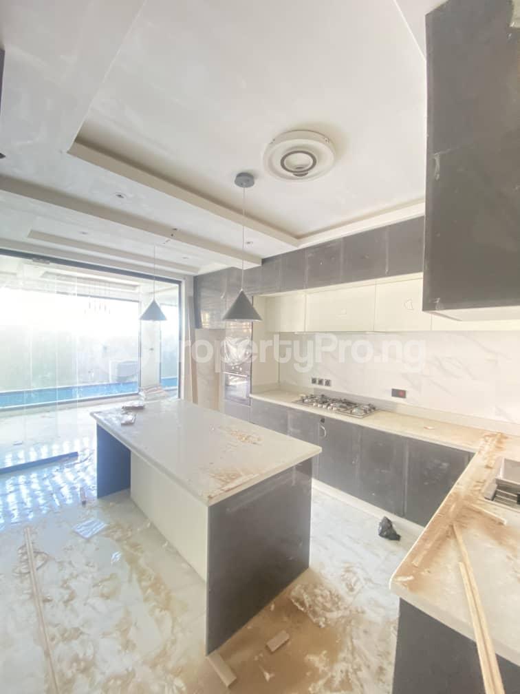 6 bedroom Terraced Duplex for sale Lekki Phase 1 Lekki Lagos - 11