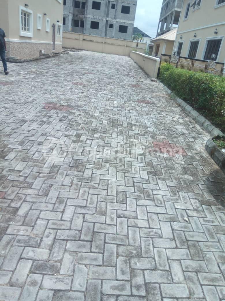 5 bedroom Detached Duplex House for sale Emerald Estate (Mobil estate), Ilaje Ajah Lagos - 2