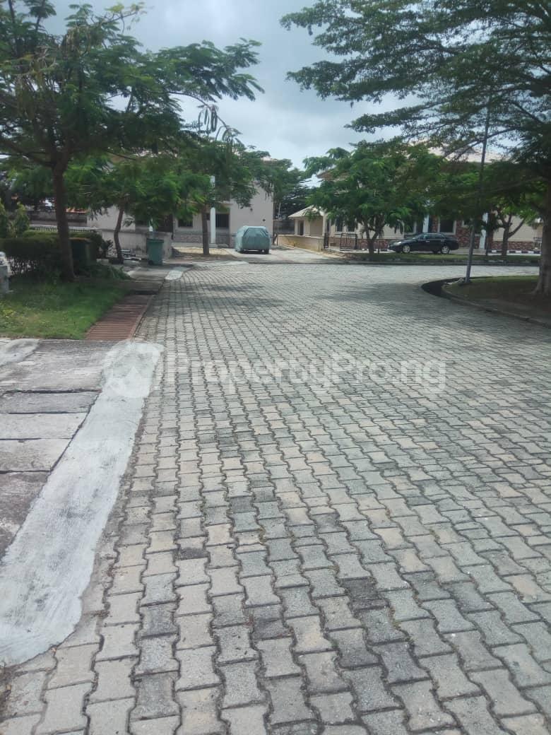 5 bedroom Detached Duplex House for sale Emerald Estate (Mobil estate), Ilaje Ajah Lagos - 15