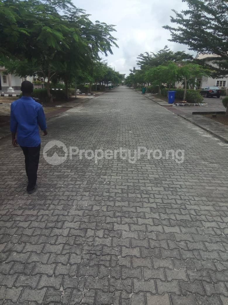 5 bedroom Detached Duplex House for sale Emerald Estate (Mobil estate), Ilaje Ajah Lagos - 0