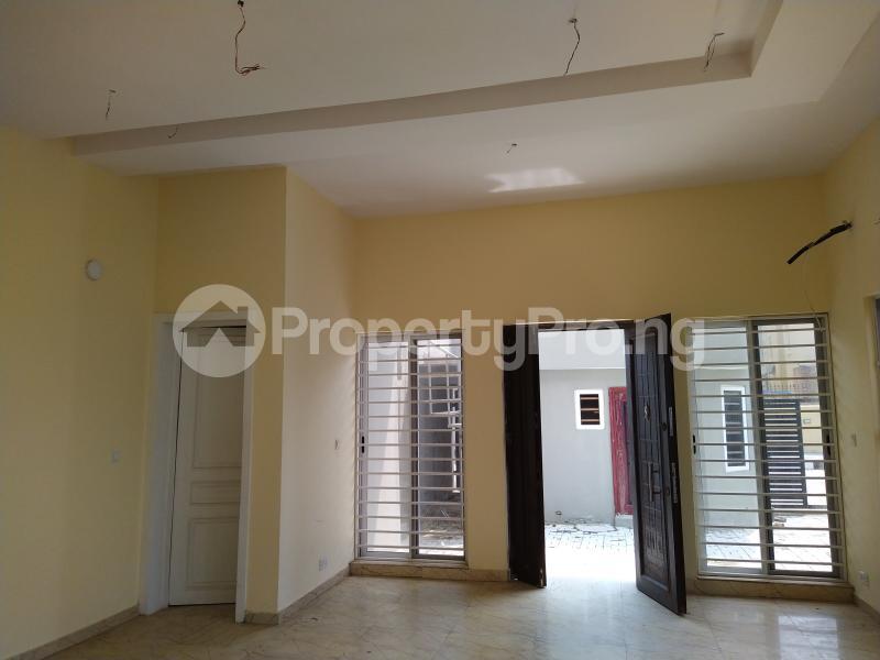 5 bedroom Semi Detached Duplex House for sale New Road Lekki Lagos Ikate Lekki Lagos - 4