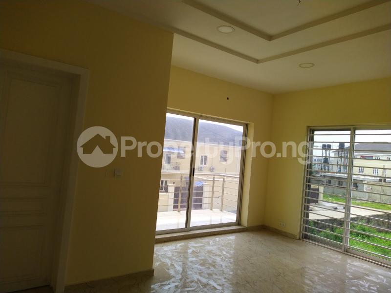 5 bedroom Semi Detached Duplex House for sale New Road Lekki Lagos Ikate Lekki Lagos - 14