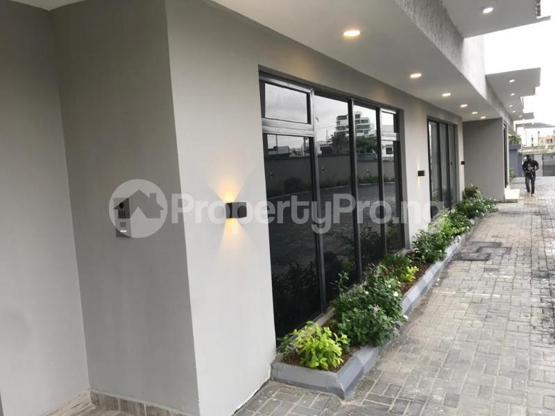 5 bedroom Penthouse Flat / Apartment for sale Off Alexander  Old Ikoyi Ikoyi Lagos - 21