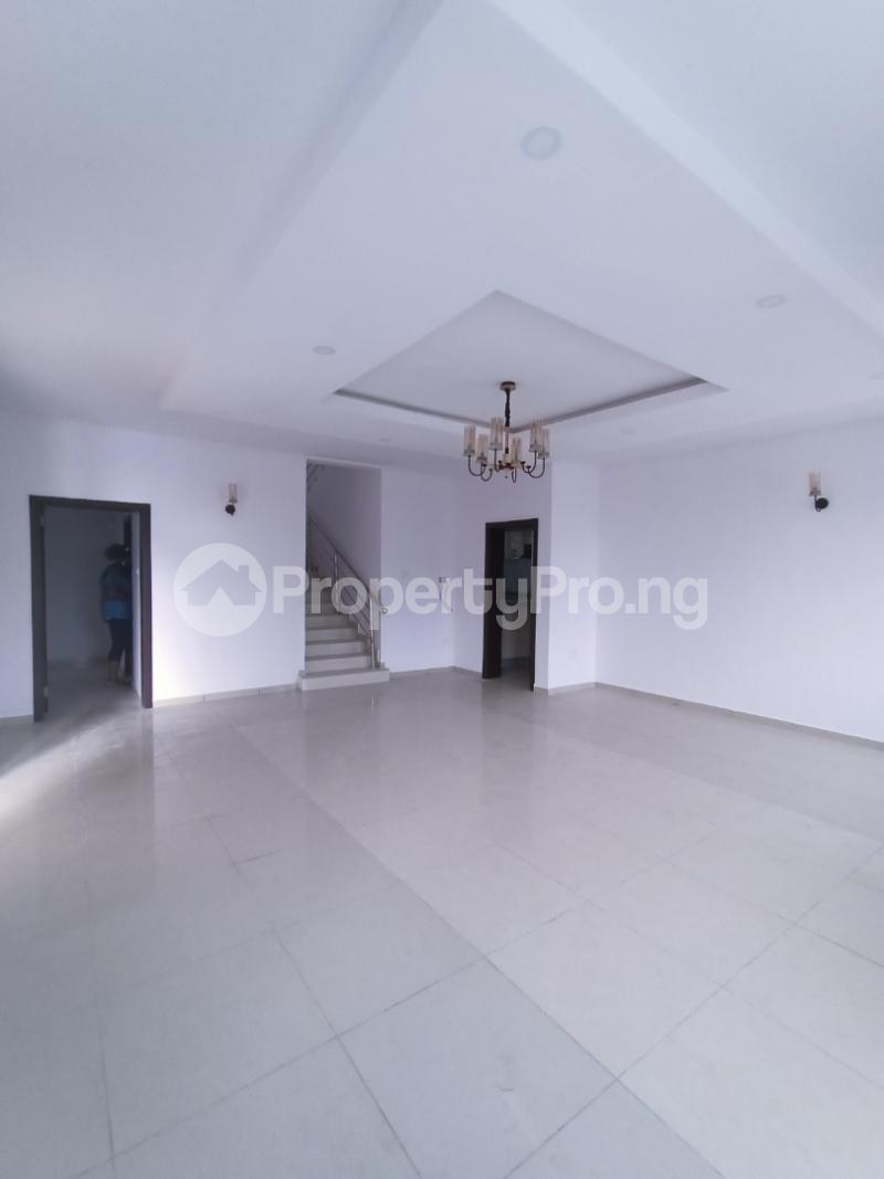 5 bedroom Semi Detached Duplex for sale Lekki Lagos - 9