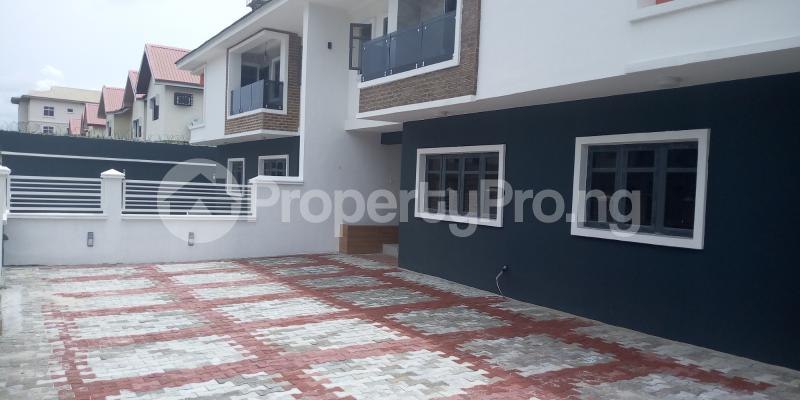 5 bedroom Semi Detached Duplex House for sale Lekki Lagos - 4