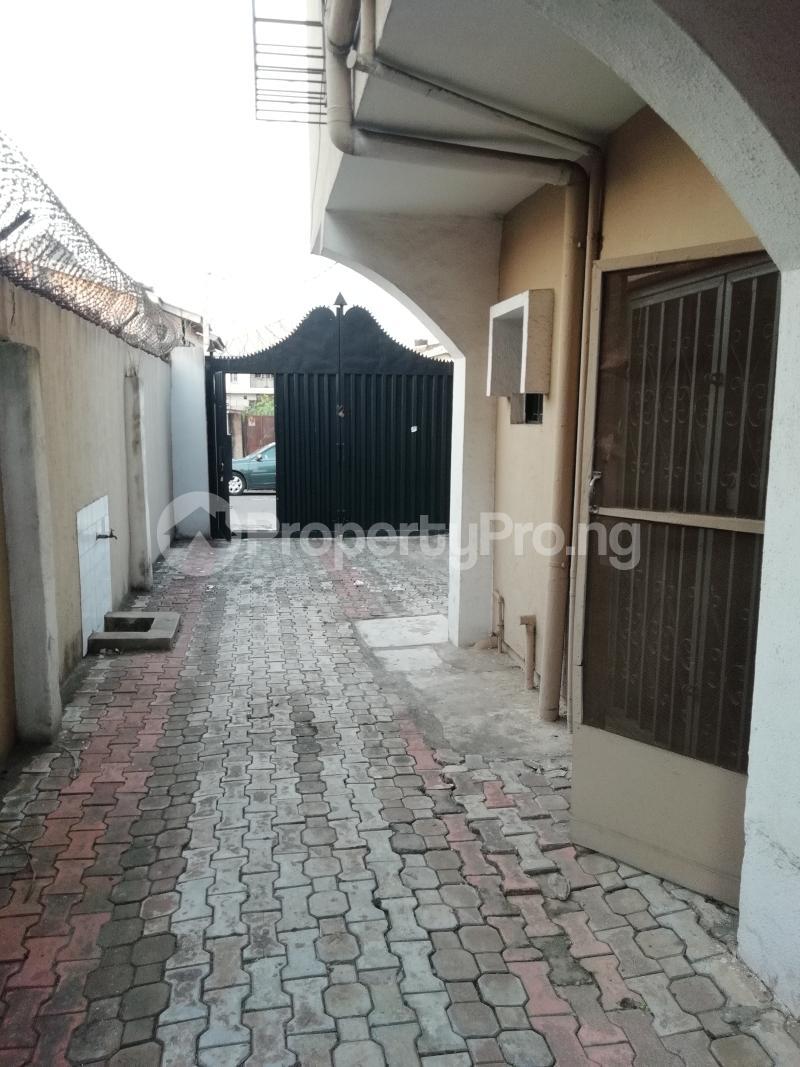 5 bedroom Semi Detached Duplex House for rent Agboola Ajumobi / Aig Imoukhuede Zone Magodo GRA Phase 2 Kosofe/Ikosi Lagos - 2