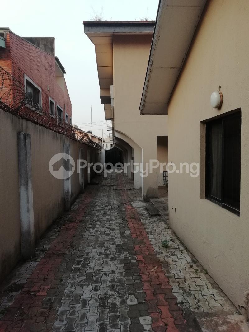 5 bedroom Semi Detached Duplex House for rent Agboola Ajumobi / Aig Imoukhuede Zone Magodo GRA Phase 2 Kosofe/Ikosi Lagos - 14