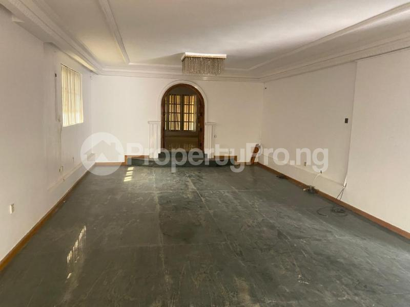 5 bedroom Detached Duplex for rent Shonibare Estate Mobolaji Bank Anthony Way Ikeja Lagos - 12