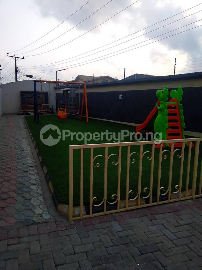 5 bedroom Terraced Duplex for sale Lekki Phase 1 Lekki Lagos - 20