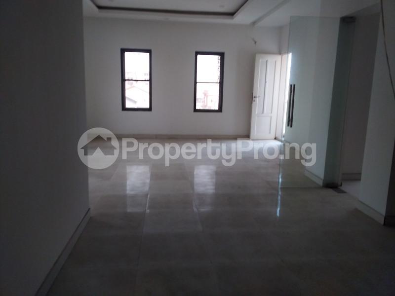 5 bedroom Terraced Duplex for sale Lekki Phase 1 Lekki Lagos - 3