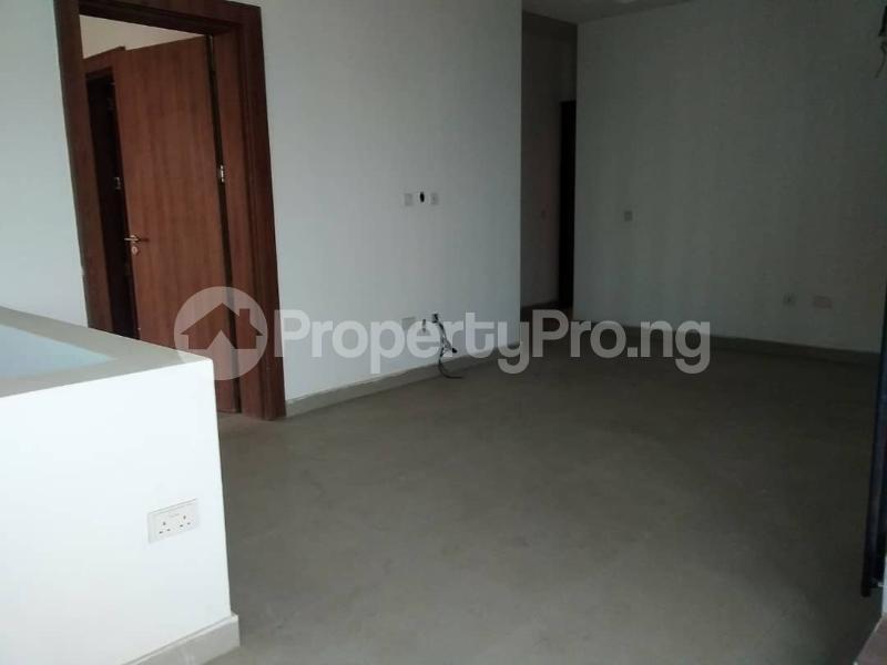 5 bedroom Terraced Duplex for sale Lekki Phase 1 Lekki Lagos - 13
