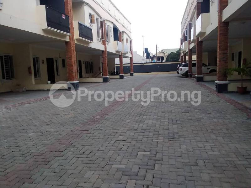 5 bedroom Terraced Duplex for sale Lekki Phase 1 Lekki Lagos - 11