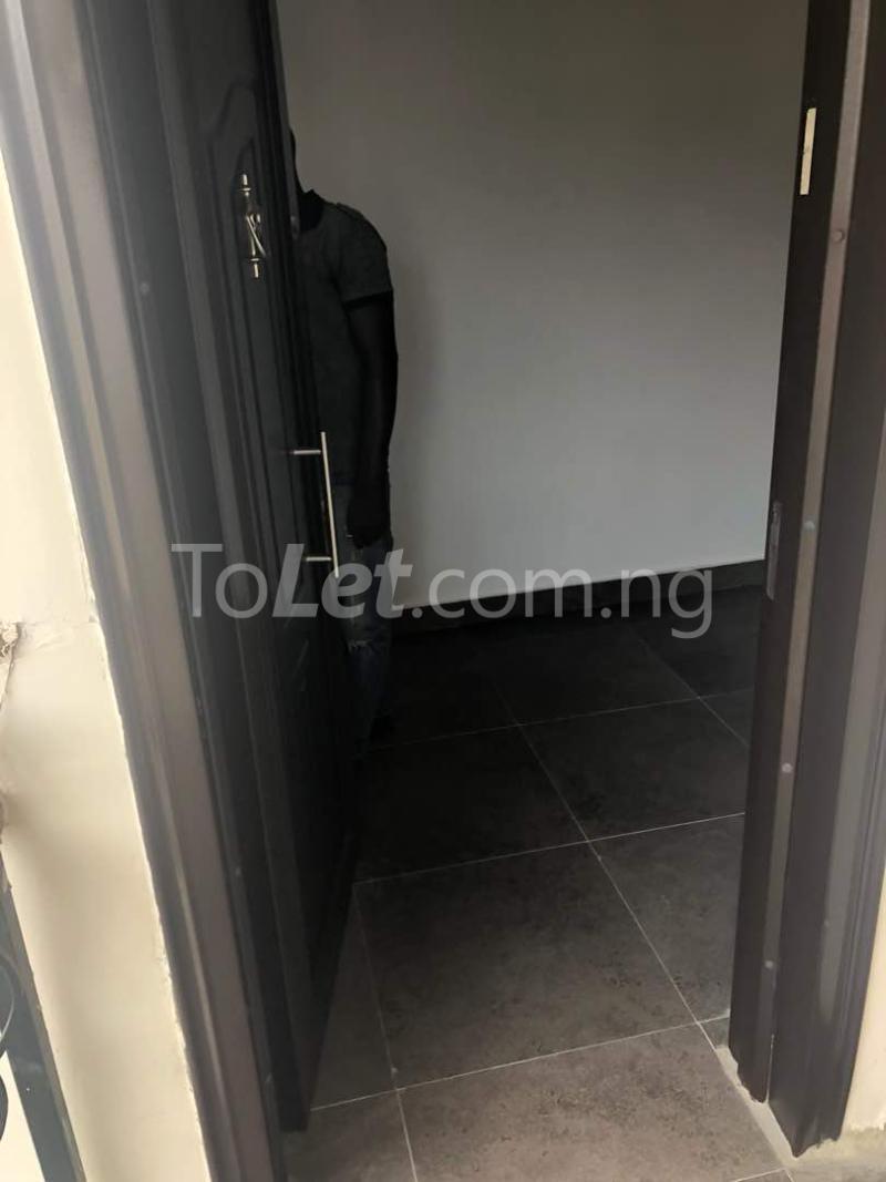 5 bedroom Flat / Apartment for sale  kingspark estate plot 530 Kukwuaba Abuja - 3