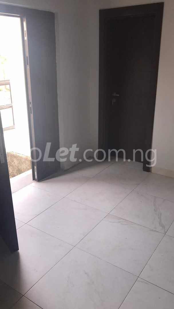 5 bedroom Flat / Apartment for sale  kingspark estate plot 530 Kukwuaba Abuja - 5