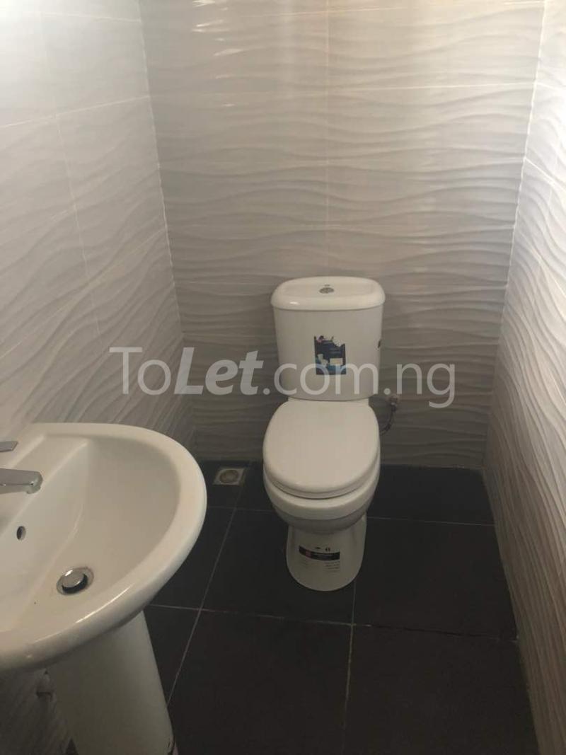 5 bedroom Flat / Apartment for sale  kingspark estate plot 530 Kukwuaba Abuja - 9