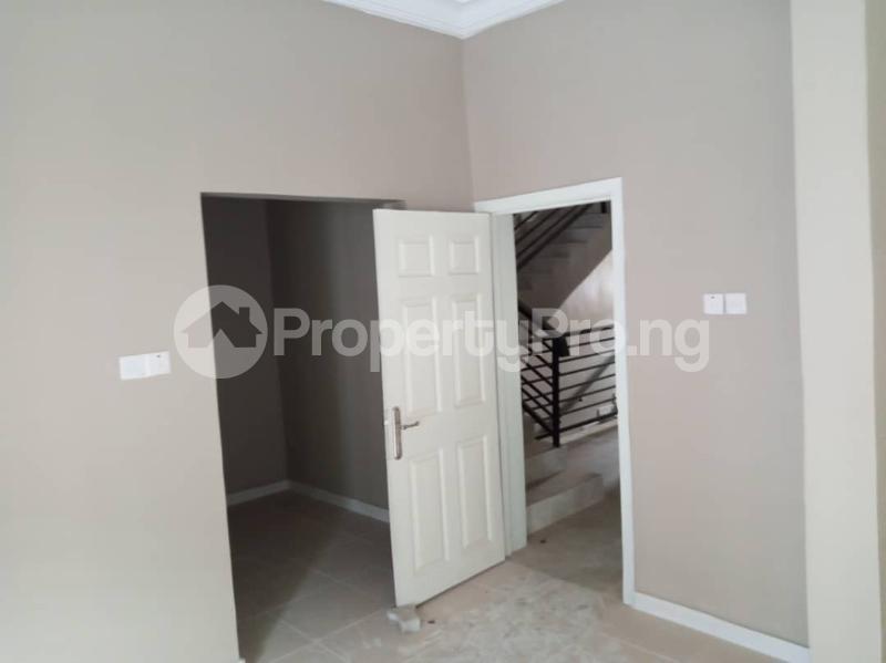 5 bedroom Terraced Duplex House for rent Paradise Estate chevron Lekki Lagos - 4