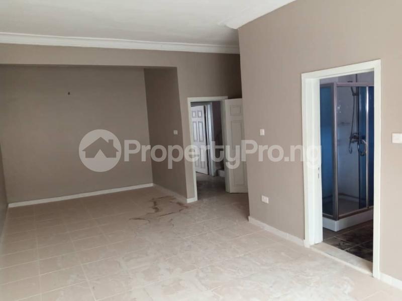 5 bedroom Terraced Duplex House for rent Paradise Estate chevron Lekki Lagos - 3