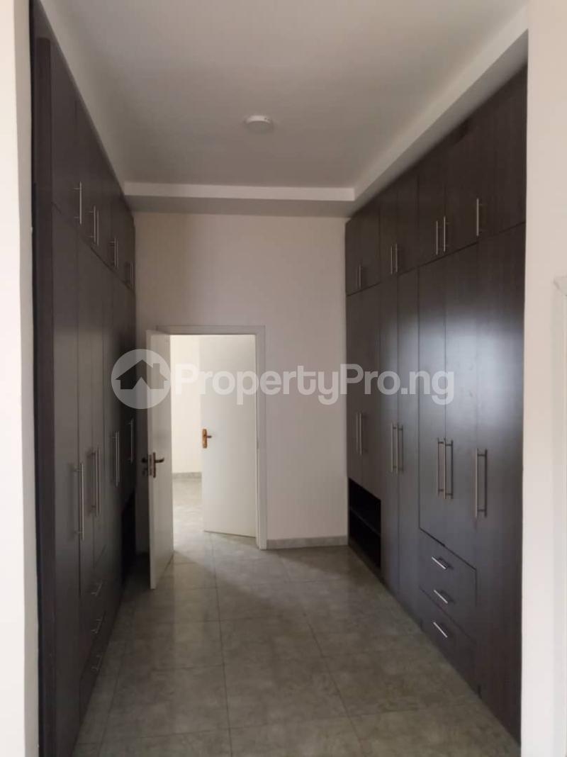 5 bedroom Mini flat for rent chevron Lekki Lagos - 11