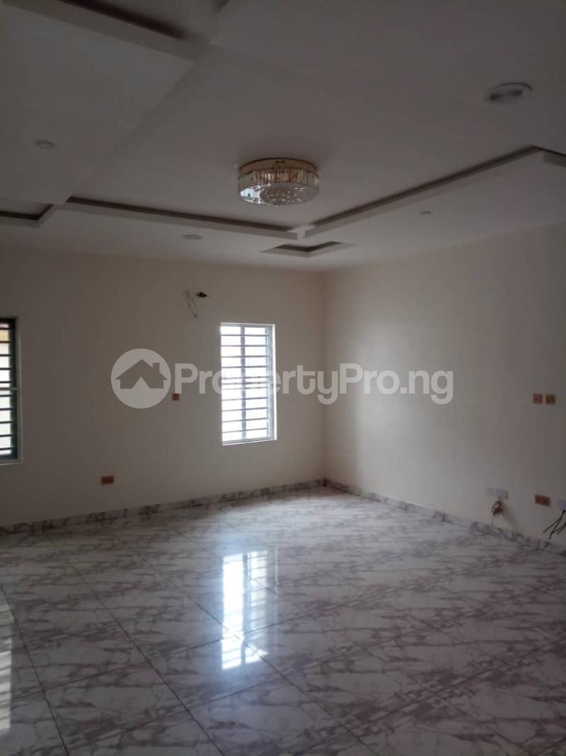 5 bedroom Mini flat for rent chevron Lekki Lagos - 4