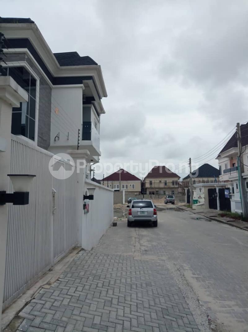 5 bedroom Mini flat for rent chevron Lekki Lagos - 10