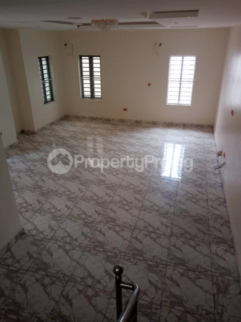5 bedroom Mini flat for rent chevron Lekki Lagos - 0