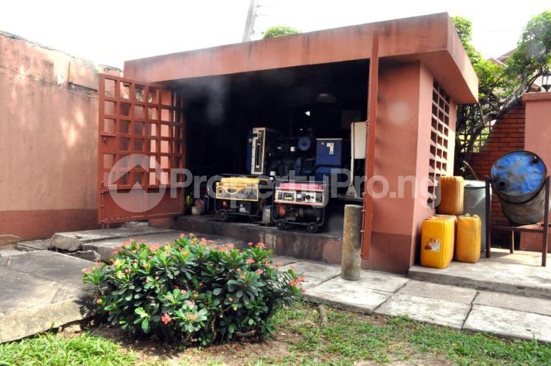 5 bedroom Detached Duplex House for sale Off 4th Avenue Festac Amuwo Odofin Lagos - 9