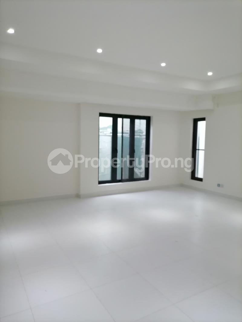5 bedroom Terraced Duplex House for sale Mojisola Onikoyi Estate Ikoyi Lagos - 10