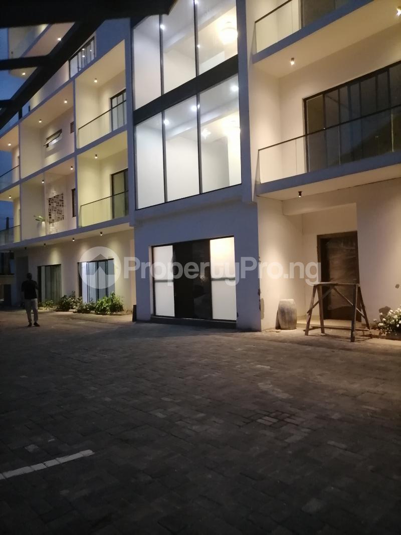 5 bedroom Terraced Duplex House for rent Bourdillon Ikoyi Lagos - 2