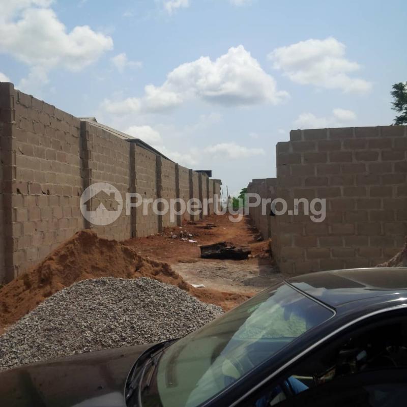 5 bedroom Mini flat for sale Lafenwa Itele Via Ayobo Ayobo Ipaja Lagos - 2