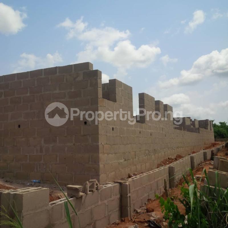 5 bedroom Mini flat for sale Lafenwa Itele Via Ayobo Ayobo Ipaja Lagos - 0