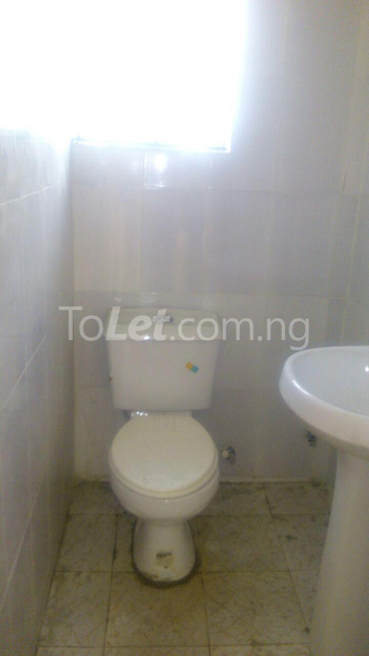 2 bedroom Flat / Apartment for rent 7 Agunbiade Street. Ogombo Ajah Lagos - 8