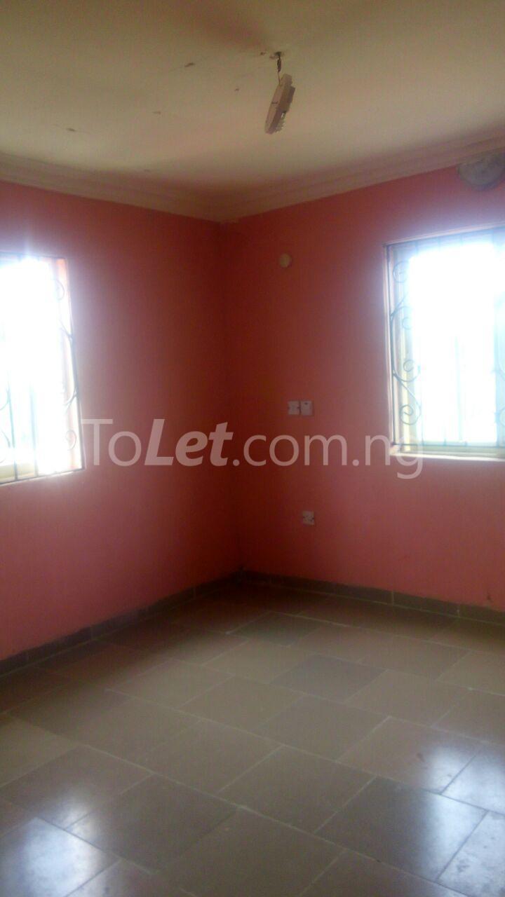 2 bedroom Flat / Apartment for rent 7 Agunbiade Street. Ogombo Ajah Lagos - 5