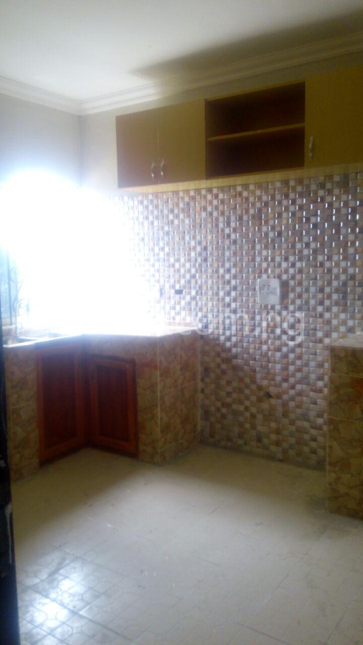 2 bedroom Flat / Apartment for rent 7 Agunbiade Street. Ogombo Ajah Lagos - 6