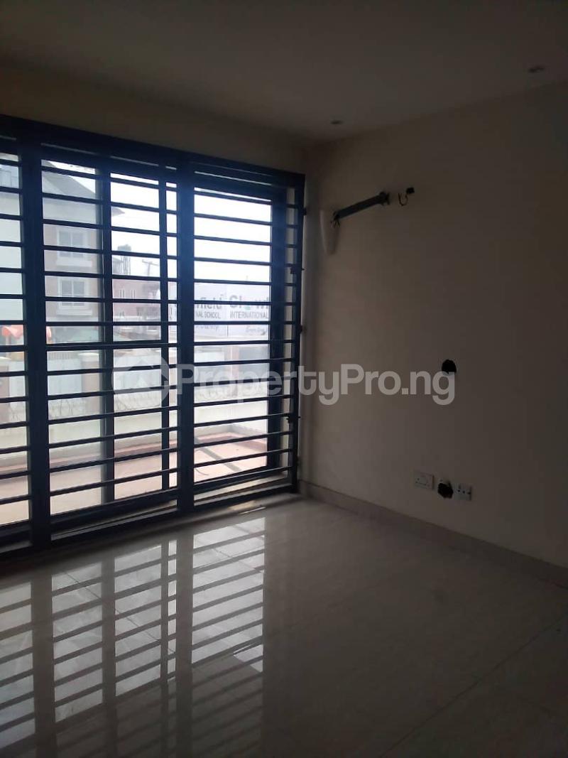 4 bedroom Terraced Duplex for sale Chevron Alternative Ikota Lekki Lagos - 10