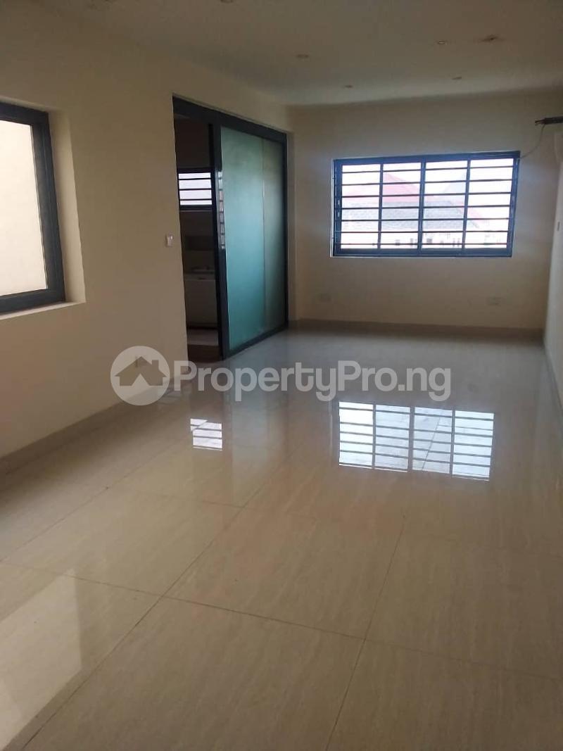 4 bedroom Terraced Duplex for sale Chevron Alternative Ikota Lekki Lagos - 6