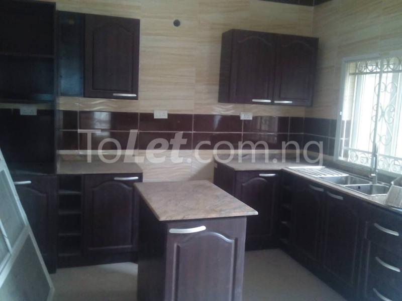 4 bedroom House for sale Bust Street Anthony Village Maryland Lagos - 6