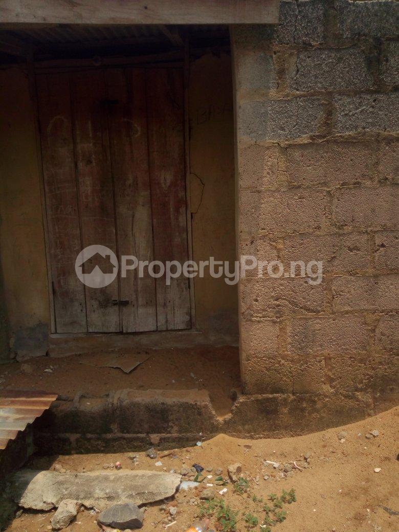 5 bedroom Blocks of Flats House for sale Dagbolu off Idi-Iroko B/stop, Ikorodu, Lagos Ikorodu Ikorodu Lagos - 3