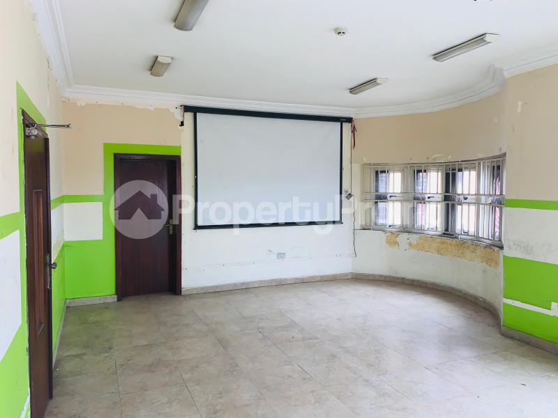 Office Space Commercial Property for rent Ikorodu Road Maryland Ikeja Lagos - 5