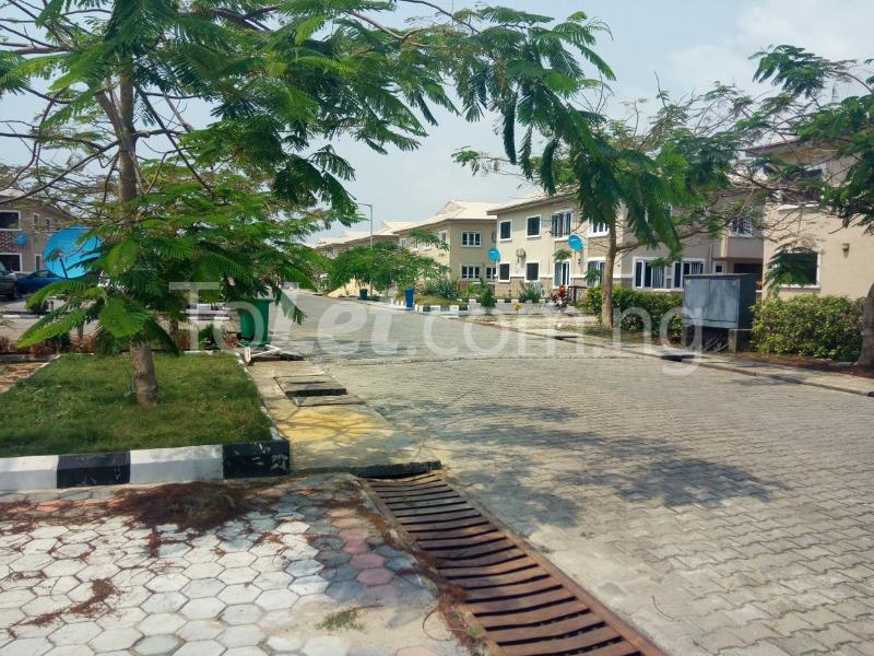 Land for sale Mobil estate VGC Lekki Lagos - 10
