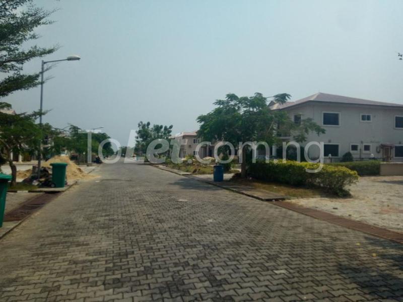 Land for sale Mobil estate VGC Lekki Lagos - 5