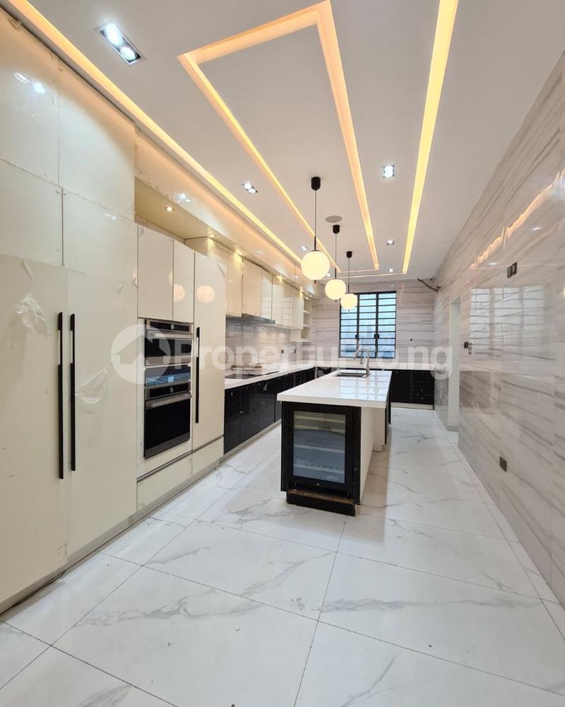 5 bedroom Detached Duplex for sale Osapa london Lekki Lagos - 3