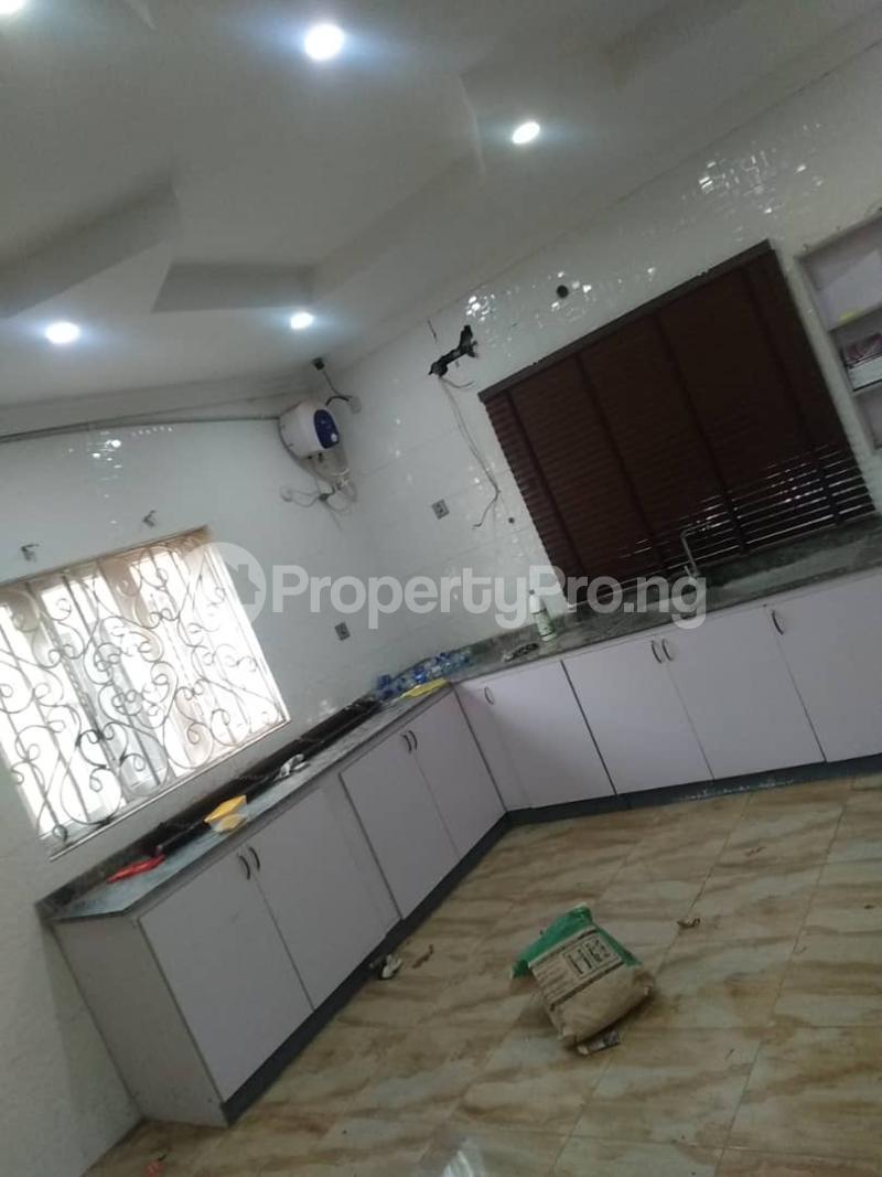 5 bedroom Detached Duplex for sale Erunwen, Off Obafemi Awolowo Ikorodu Ikorodu Lagos - 4