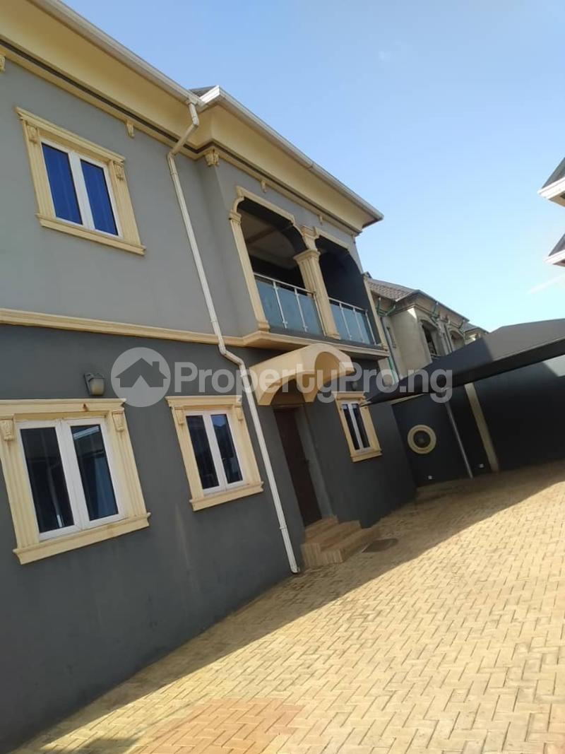 5 bedroom Detached Duplex for sale Erunwen, Off Obafemi Awolowo Ikorodu Ikorodu Lagos - 0