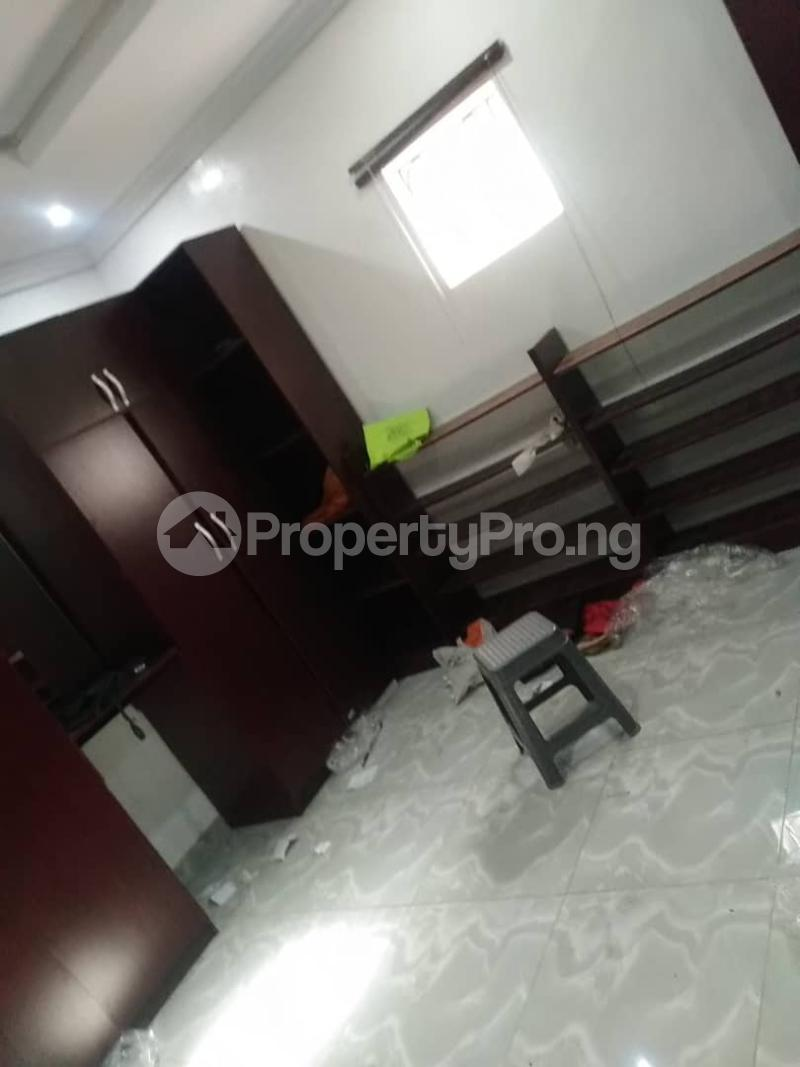 5 bedroom Detached Duplex for sale Erunwen, Off Obafemi Awolowo Ikorodu Ikorodu Lagos - 2