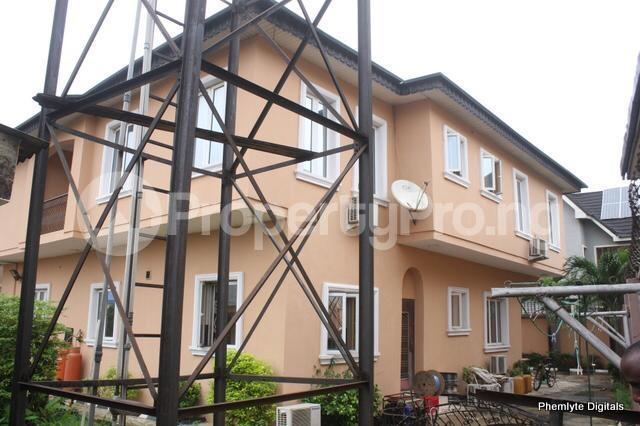 5 bedroom Detached Duplex House for sale Magodo ph1 isheri scheme i. Magodo GRA Phase 1 Ojodu Lagos - 1