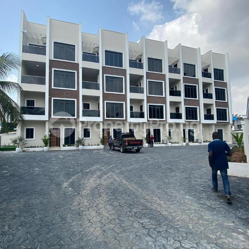 5 bedroom Terraced Duplex House for sale Victoria Island Lagos - 10